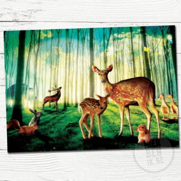 wenskaart illustratie dieren in een bos met tegen sfeer licht