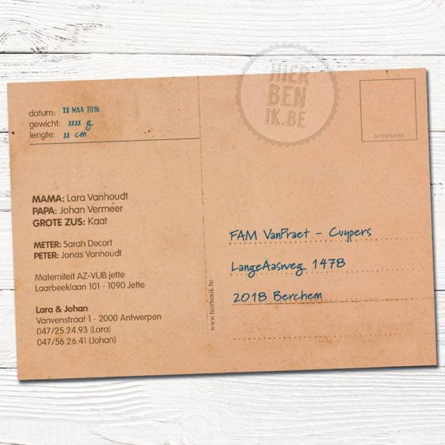 kaartje voor geboorte voor meisje met rode schoentjes achterkant postkaart